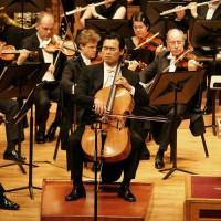 with Münchner Symphoniker Dec. 2004 @ Seoul Arts Center