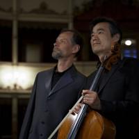with / avec Enrico Pace Copyright (C) Simon Wall